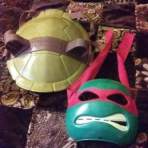 Teenage Mutant Ninja Turtles shell & mask